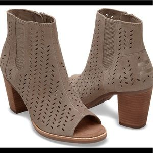 TOMS Majorca Suede Perforated Bootie 7.5